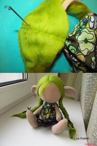 Stuffed Elf Doll...  link for the pattern:   http://mimindolls.blogspot.com.br/2014/01/uma-duende-linda.html?m=1  ...   Mimin Dolls: uma duende linda -TUTORIAL-