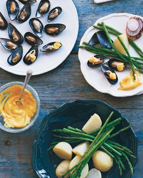 Chilled Mussels with Saffron Mayonnaise | Recipe