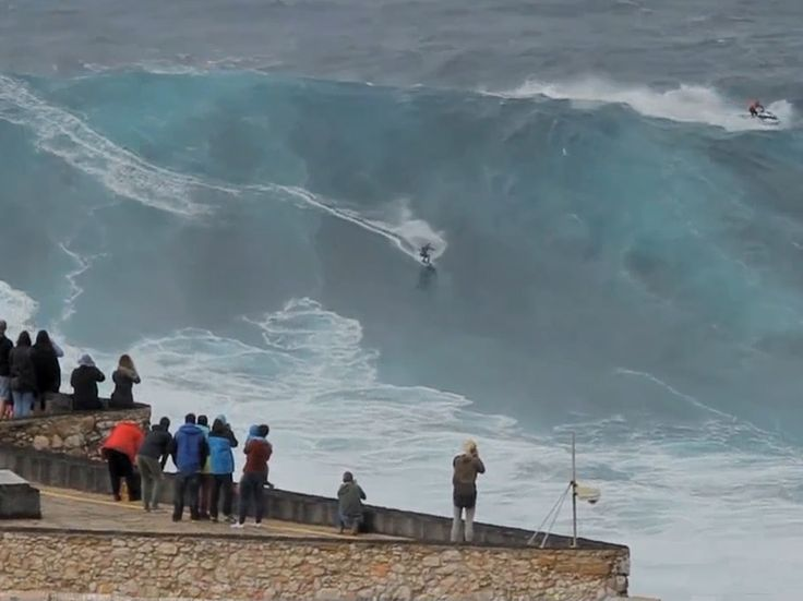 German surfer Sebastian Steudtner rides massive wave in Portugal - via The Independent 02.11.2015   Two-time champion surfer stuns crowd with this entry for the 2016 Big Wave Awards