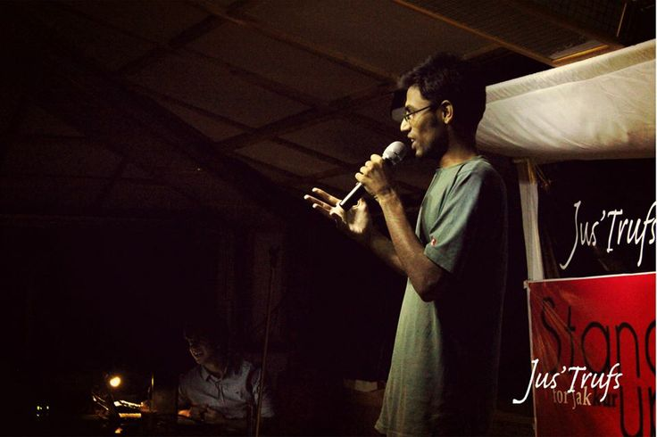 Biswa Kalyan @ Jus'Trufs  07/12/2013