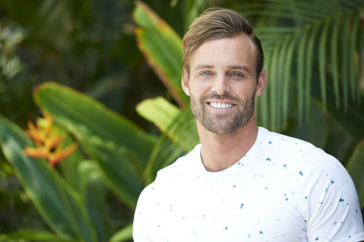 Robby Hayes - Bachelor in Paradise bachelor Robby Hayes