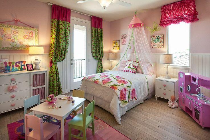 Балдахин в комнате девочки - роскошная вуаль принцессы