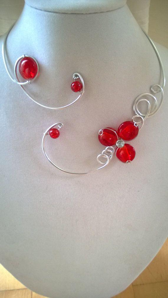 Statement necklace Red jewelry  Alu wire by LesBijouxLibellule