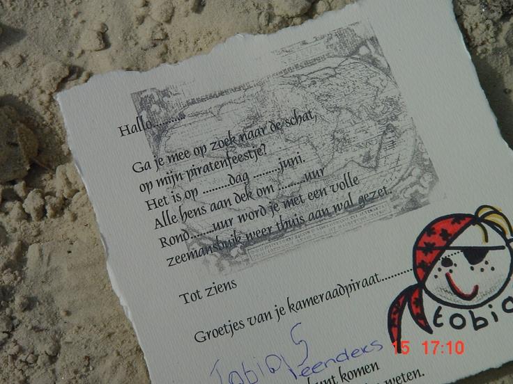Knutsels van Jolanda.  uitnodiging piratenfeestje.  en dan nog in een flesje . flessenpost!