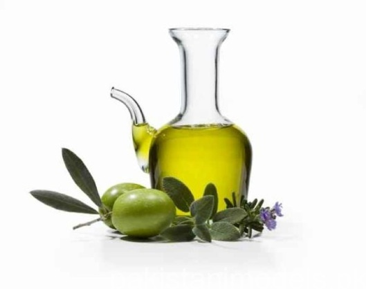 The benefits of olive oil http://andreeaonose.wordpress.com/2013/06/12/benefits-of-olive-oil/