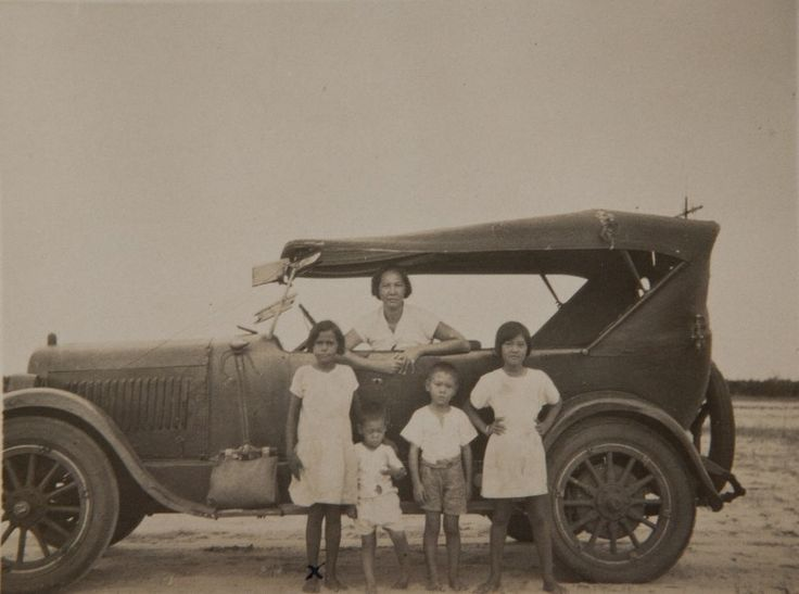 BA2754/8: Family with Car on the Beach, ?1930s.  http://encore.slwa.wa.gov.au/iii/encore/record/C__Rb4626487__Sba2754__Orightresult__U__X3?lang=eng&suite=def2C+Therese+--+Photographs./dmurakami+therese+photographs/-3%2C-1%2C0%2CB/frameset&FF=dmurakami+theresa+shigeno+photographs&1%2C1%2C#