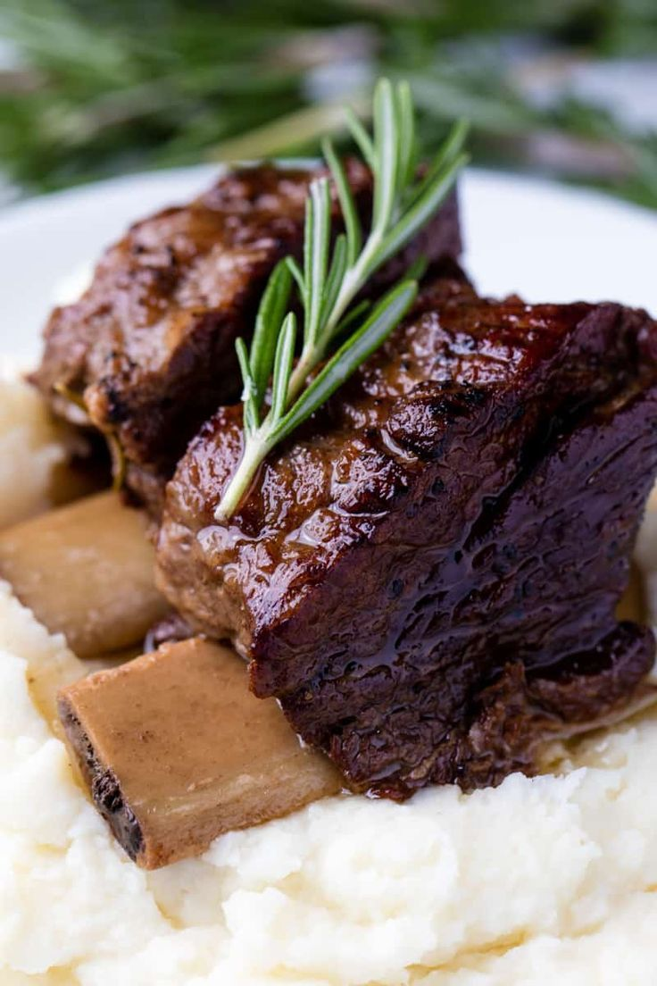 Slow Cooker Beef Short Ribs Are Cooked In The Crockpot Until They Reach Fall Off The Bone Deliciousn Short Ribs Slow Cooker Beef Recipes Easy Best Beef Recipes