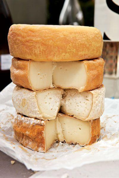 """Corsica's Great Cheeses (le """"parfum"""" de mon enfance)"""