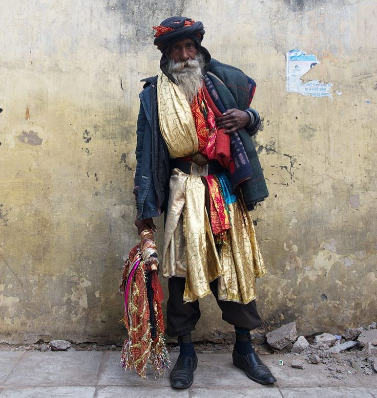 New Delhi street stylish, Baba ready to go to Allahabad for the Kumbh Mela. #incredibleindiaofficial #indiaPictures #everydayindia #storiesofindia #indiaclicks #ig_india #storieofindia #india_gram #desi_diaries #india_ig #gf_india #ig_mood #photo_storee_people #igturko #turkinstagram #india_undiscovered #vscogoodshot #igphotoworld #myflagrants #igshotz #one_shot_ #majestic_people #_soi #lenspersia #streetphotographyindia #indiatravelgram #dailylifeindia #indianportraits #indiagram…