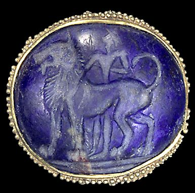 A granulated gold gem from Knossos / Crete, 1600-1390 B.C. #MinoanJewel #VonGiesbrechtJewels