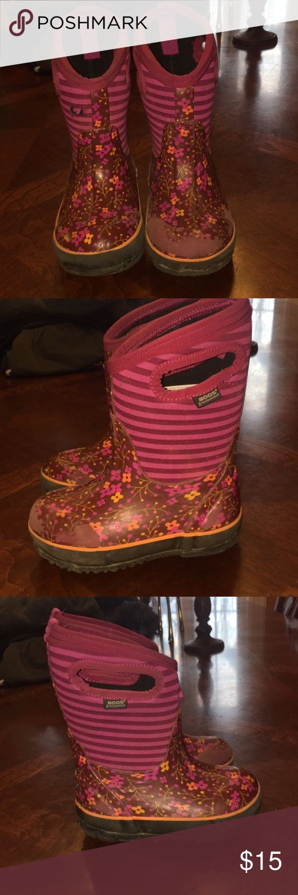 Girls rain boots or winter boots Very used and price reflects use! Great rain boots and even winter boots and they are great for keeping little toes warm in up to -30 degree weather. Feel free to ask questions ! Bogs Shoes Rain & Snow Boots