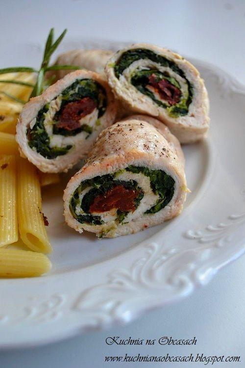 kuchnia na obcasach: Roladki z kurczaka ze szpinakiem i suszonymi pomidorami