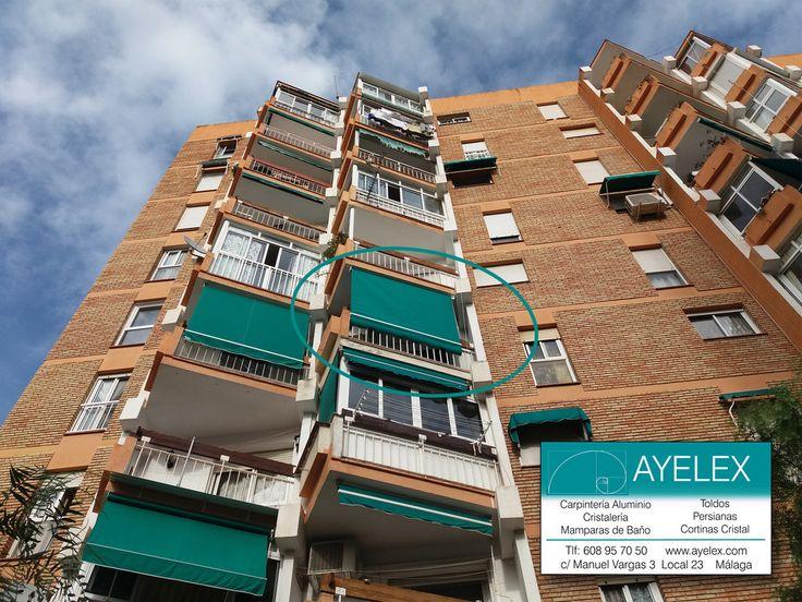 Instalación Toldo Store herrajes lacados en blanco y tejido standard VERDE. Arroyo de la Miel (Málaga) 20/04/2016 www.ayelex.com