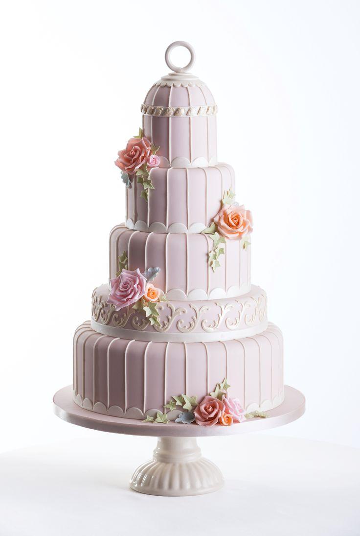 44 best Romantic wedding cakes images on Pinterest   Cake wedding ...