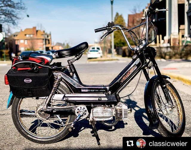 A happy customer means a happy shop! #Repost @classicweier with @get_repost  Somewhere in Midtown #detroit #moped #puch