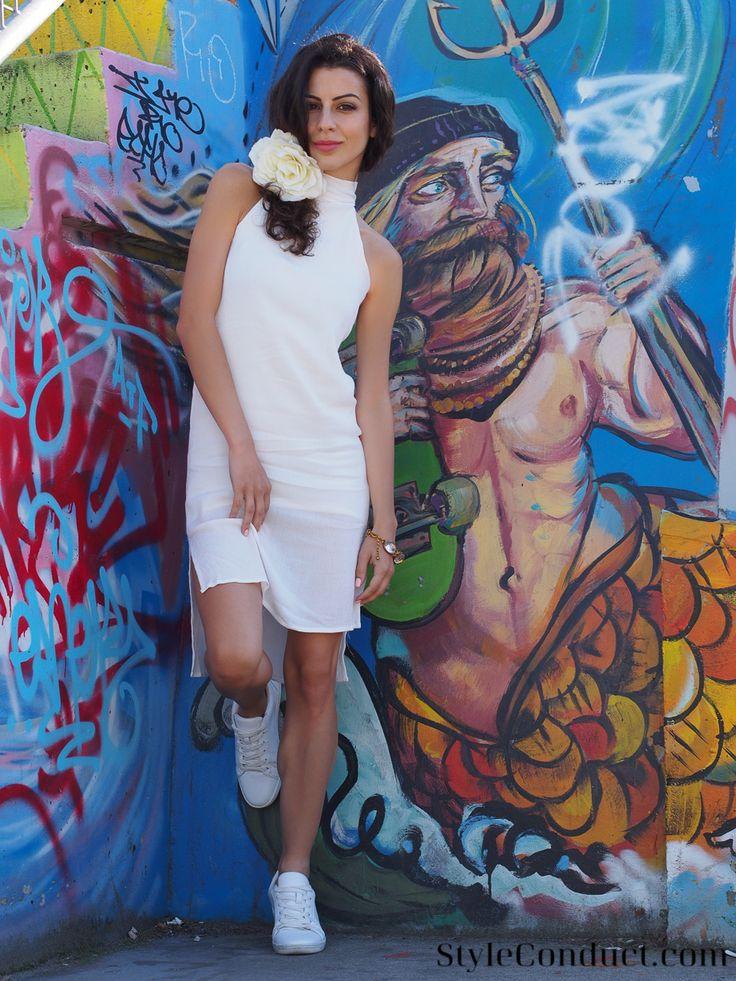 The Street Art of White