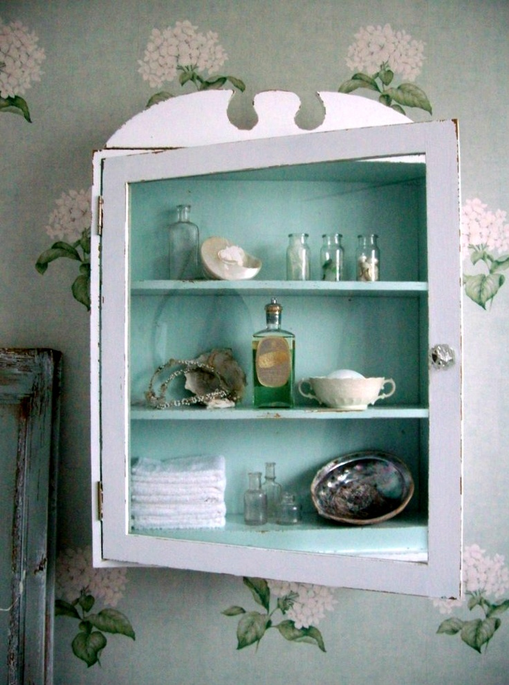 Could Do This With The Old Medicine Cabinet   Just Take Out The Glass And  Paint