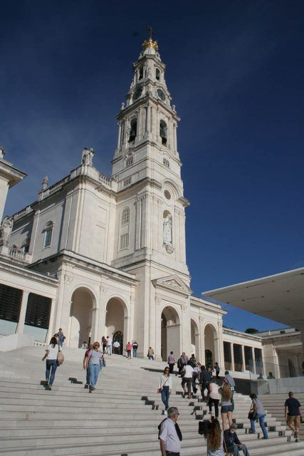 Portugal Fatima Basilica Our Lady And Pilgrims