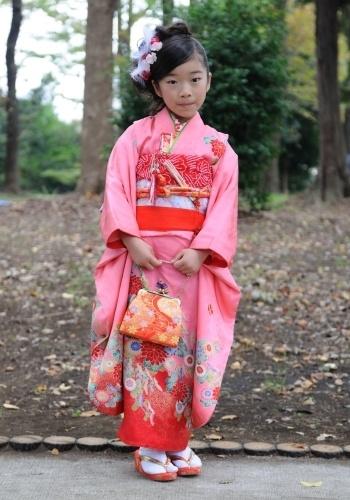 7 years old girl