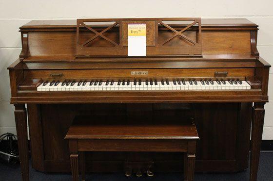 Used Baldwin Console Piano for sale at Schmitt Music Omaha; used upright piano for sale; Schmitt Music piano store in Omaha, NE