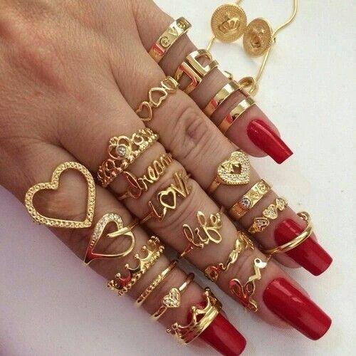 Top Hatter Rose Gold Heart Ring