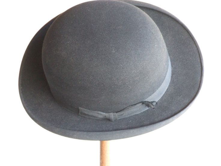 Vintage English Made Bowler Hat // French Retailed // Bowler Hat // Derby Hat // Steam Punk Size 7 // Maker W. McQueen & Co. - pinned by pin4etsy.com
