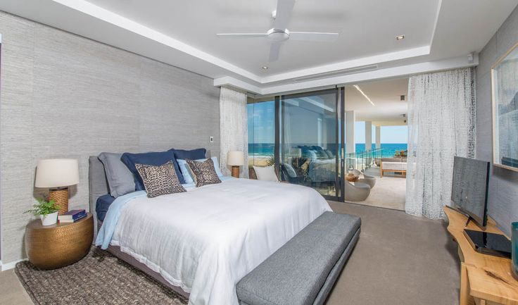 Feature Friday: Darren Palmer's Entertainers Paradise | Glamour Coastal Living