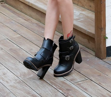 Loveliness of the female clothing shop. [Whitefox] Walker Triple Buckle Boots / Size : 225-250 / Price : 64.20 USD #korea #fashion #style #fashionshop #apperal #koreashop #ootd #whitefox #shoes #walker #boots