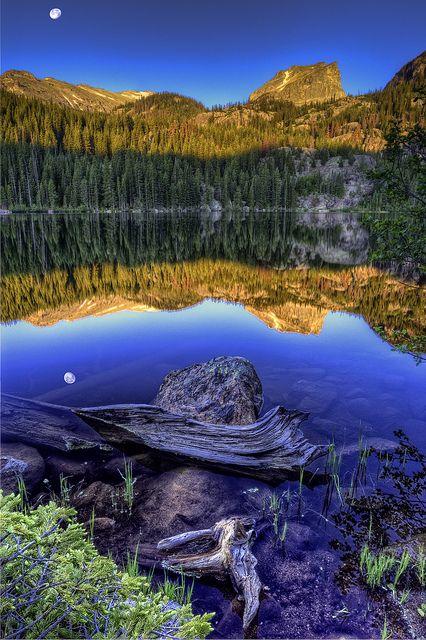 Bear Lake. Idaho–Utah