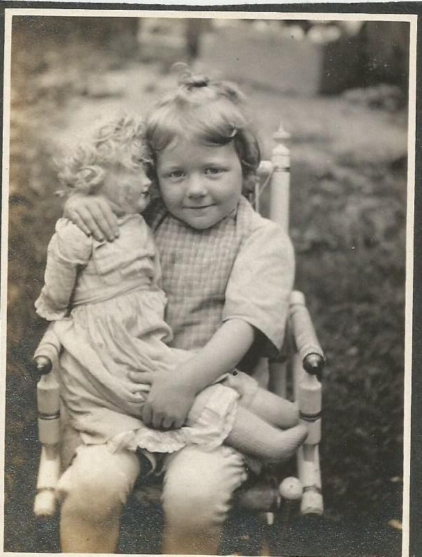 Vintage antique 1920s snapshot photo little girl with big bisque head doll