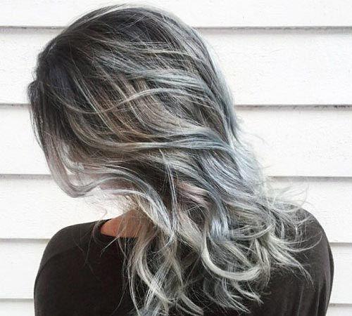 Si quieres lucir de acuerdo a las últimas tendencias entonces debes irte por los rayitos para el cabello. Dale un nuevo look a tu cabellera.