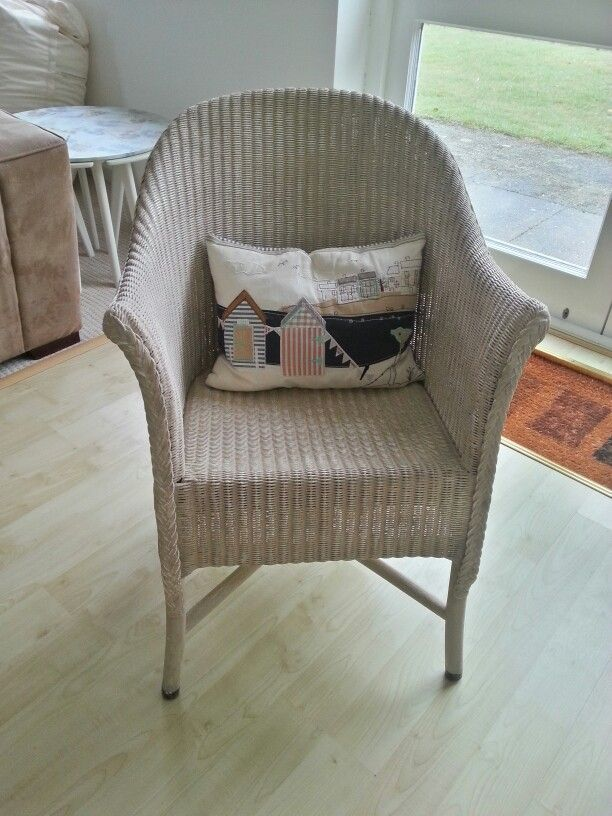 Wicker chair painted in annie sloan country grey