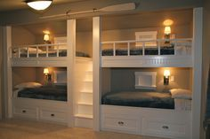 Custom built in bunk beds. Perfect for guests, esp kids!!