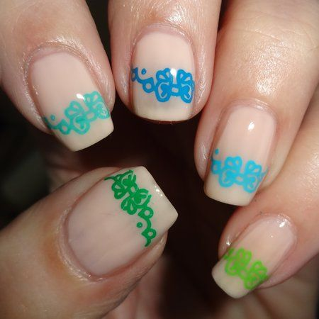 Nude polish with cute design #spring #nailart - bellashoot.com