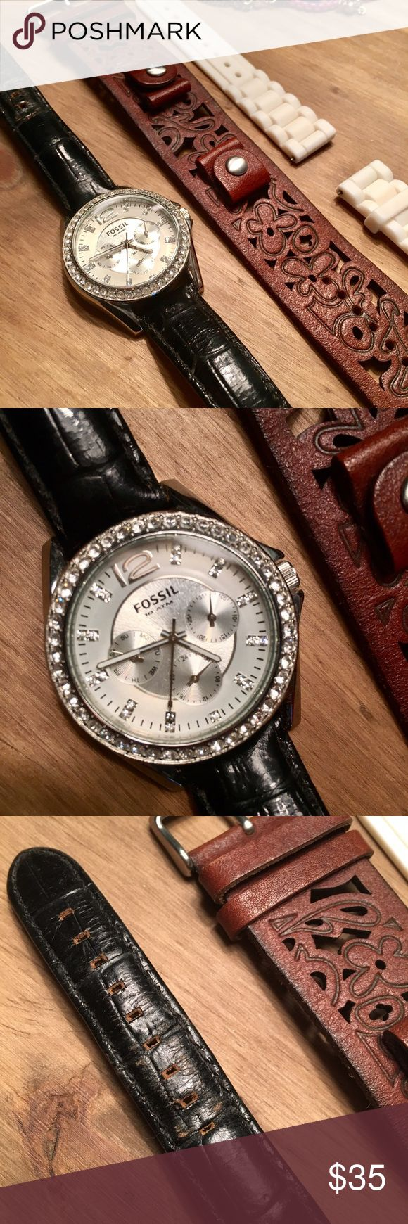🍾 SALE 🍾 Fosil Watch with Three Bands Fossil watch, includes all three bands. Normal wear and tear, see photos. Needs a new battery. Fossil Accessories Watches