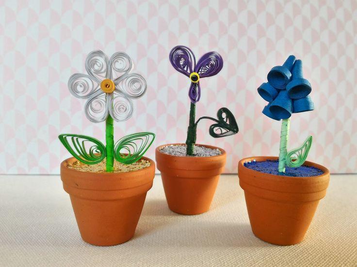 Le printemps est là. Les fleurs poussent dans les jardins et bois. Et si on réalisait des fleurs qui n'ont pas besoin d'eau? Et qu'on les me...