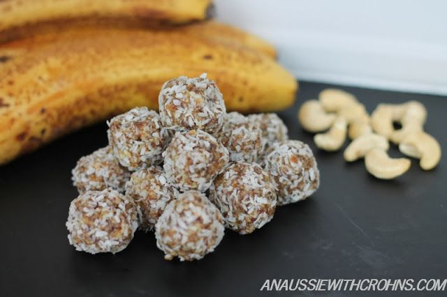 Banana Bliss Balls  3 cups raw cashew nuts 250g (9oz) dried bananas 1/3 cup oil  1/3 cup oil (cacao &/or coconut oil) 1/4 cup fresh orange juice  1/2 cup desiccated coconut (for rolling)