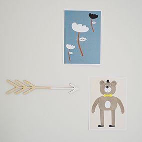 Super cute miniprints from Walnut & Walrus. Arrow in veneer from Instahjem.