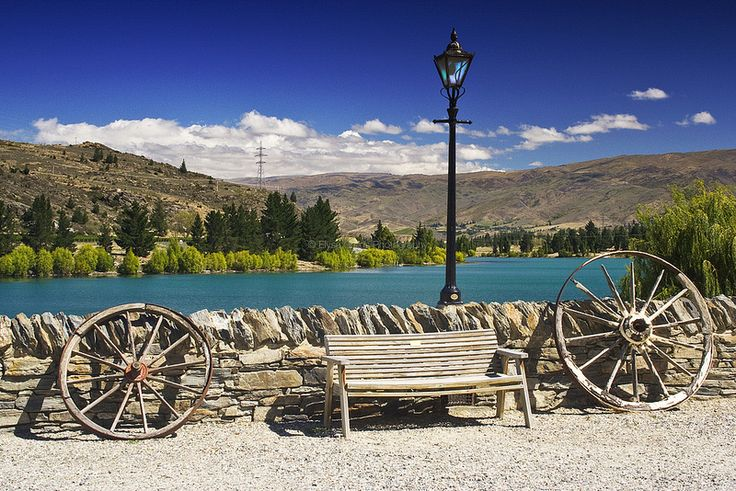 Old Cromwell Town and Lake Dunstan, Cenral Otago, New Zealand | © Elyse Childs Photography