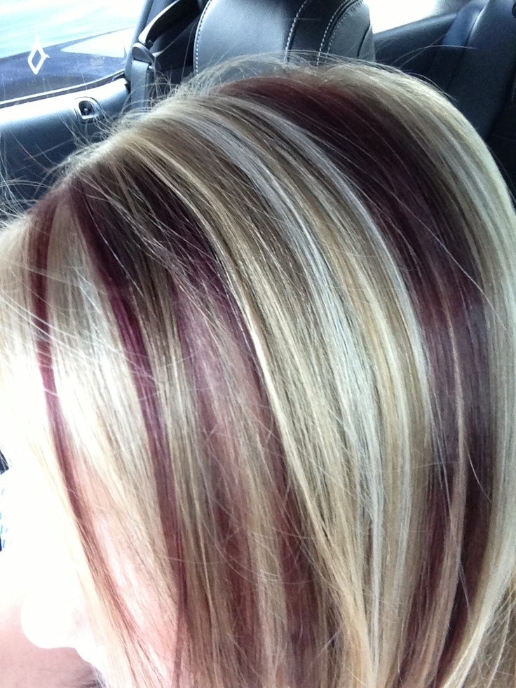 Red Violet Color Streaked With Blonde Cabello Ojos Y