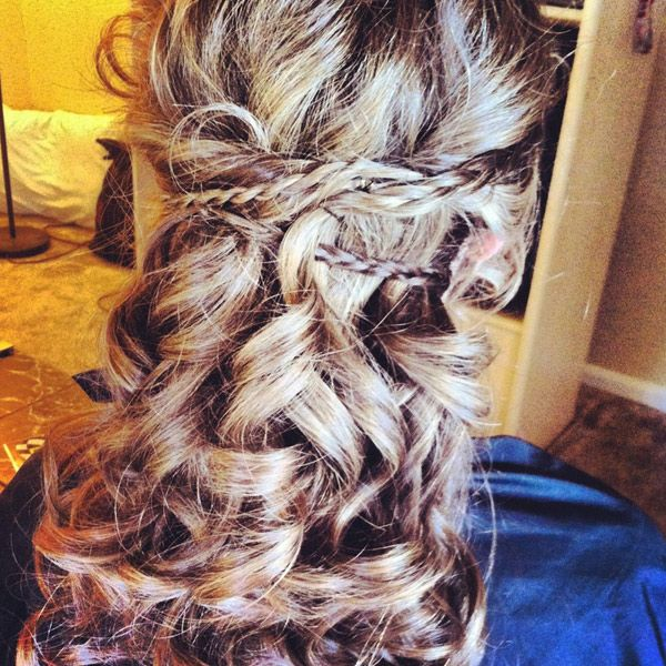 XXXX Whether you have short curly hair or long curly hair, here are 45 seriously cute hairstyles for curly hair.