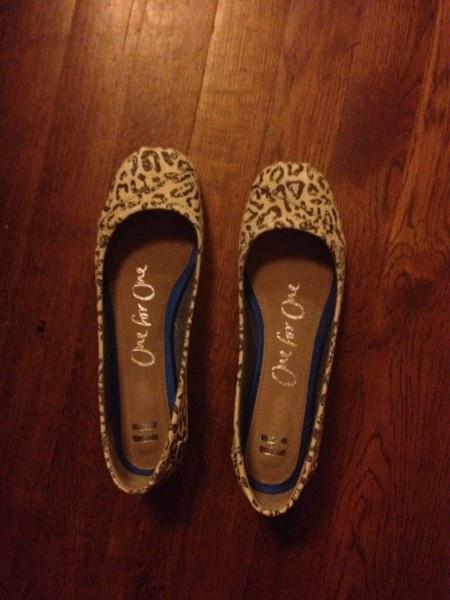 Leopard Print Tom's Ballet Flats on Shoe Friday