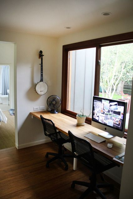 25 Best Ideas About Window Desk On Pinterest Home Study