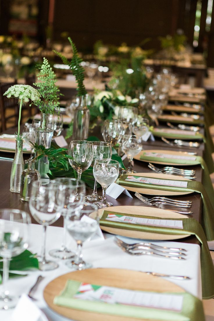 wood farm tables, wood chargers, duplet flatware, olive shantung napkin, Camarillo Ranch Pop Up Dinner, https://partypleasersblog.wordpress.com, http://instagram.com/partypleasers,