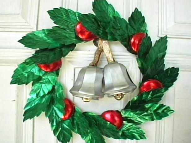 silver bells wreath soda can craft craft ideas