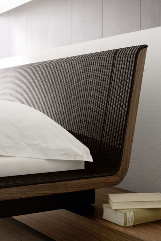 Detailed view bed Aura designed by Martin Ballendat for Accente