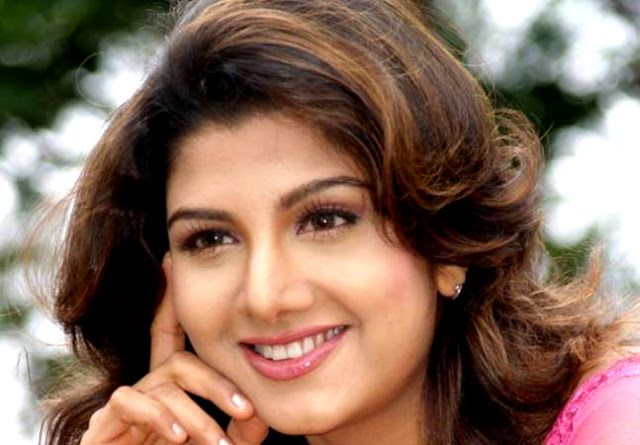 Celebrity Collections: Bollywood Actress Rambha HD Wellpapers
