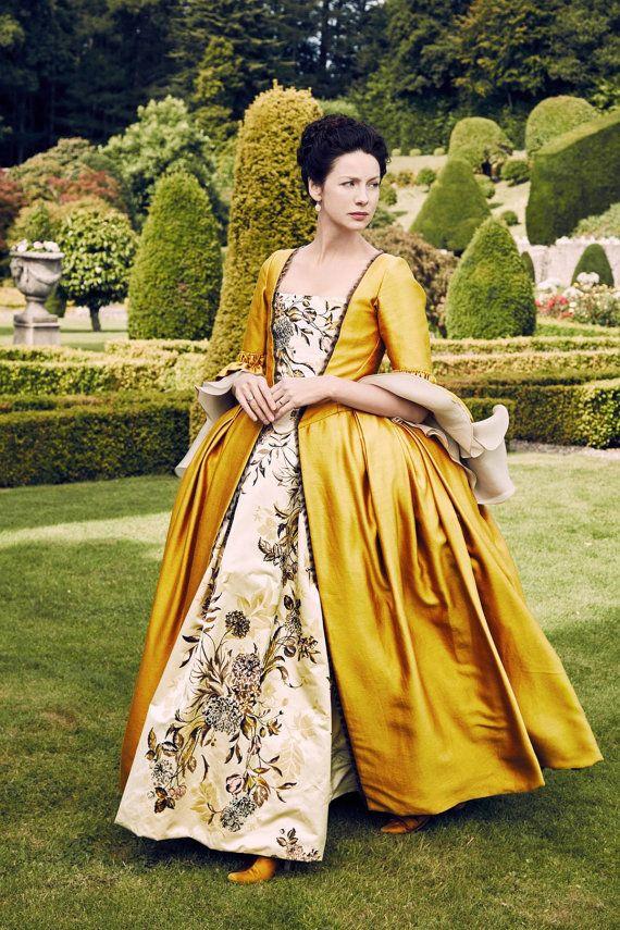 Claire Fraser Outlander costume Marie Antoinette di RococoPassion