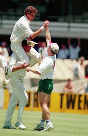 Fanie de Villiers the hero as Proteas secure astonishing win in second Test, Sydney 1994