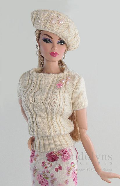 Ivory Rose by Gwendolyn's Treasures. Boy, I wish I could knit for dolls!